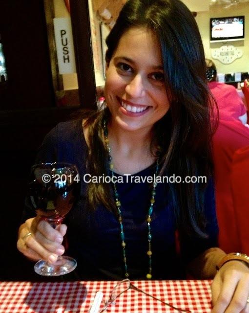 """Cometendo meu primeiro """"haraam"""" (pecado em arábe).... Adoro um bom vinho!"""