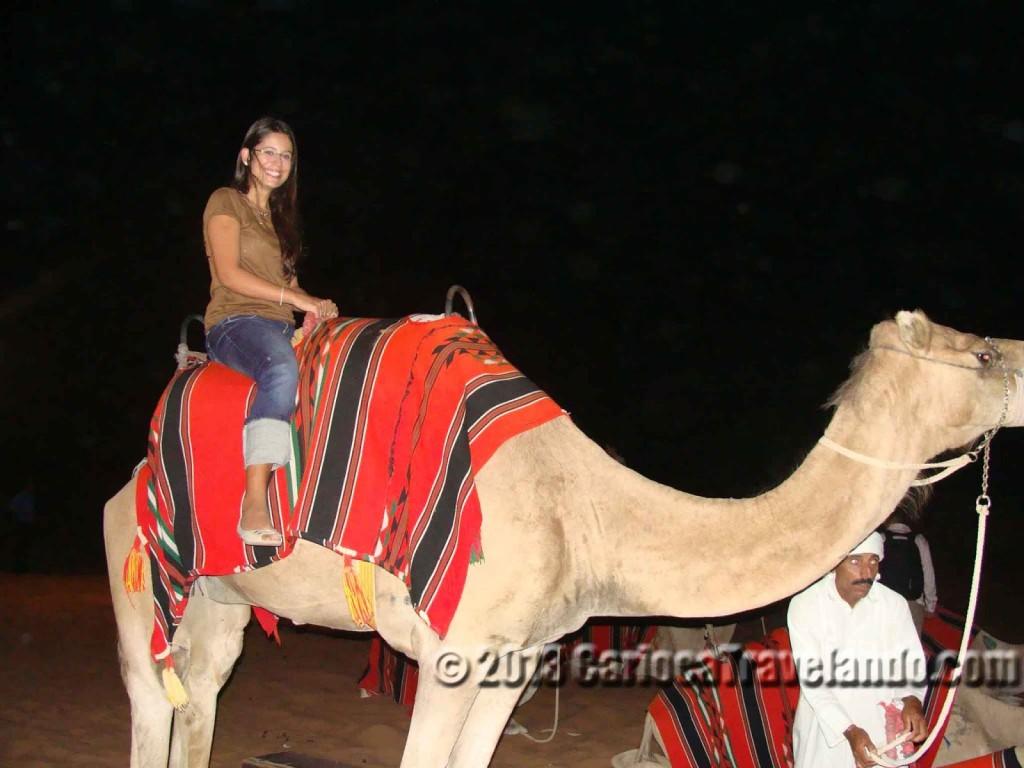 """""""Desert Safari"""" e o Camelo em Dubai"""
