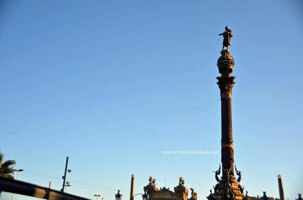 monumento em homenagem a Cristóvão Colombo