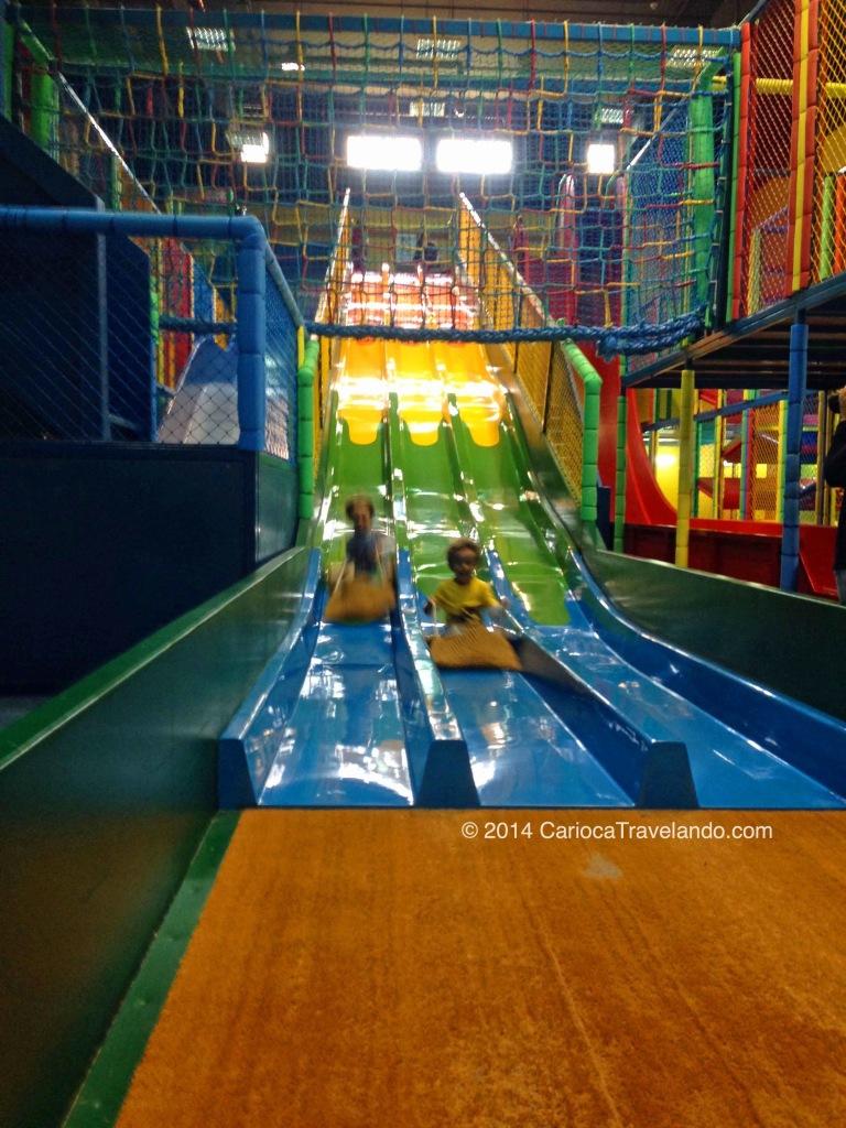 O parque interno foi o ponto alto da viagem para os meninos