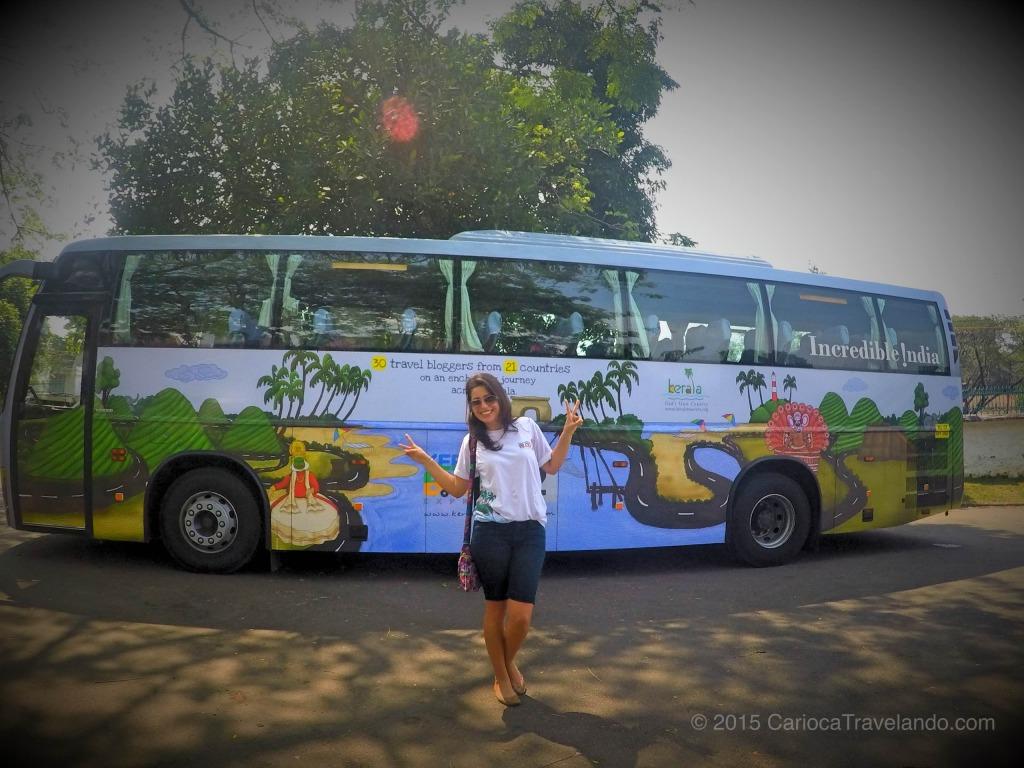 Nosso ônibus personalizado não é uma gracinha?