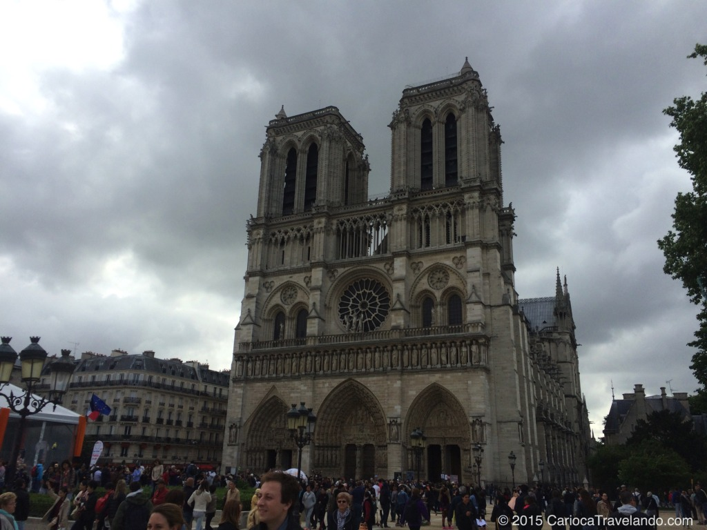 Uma das paradas do Free Walking Tour Paris - Catedral de Notre Dame