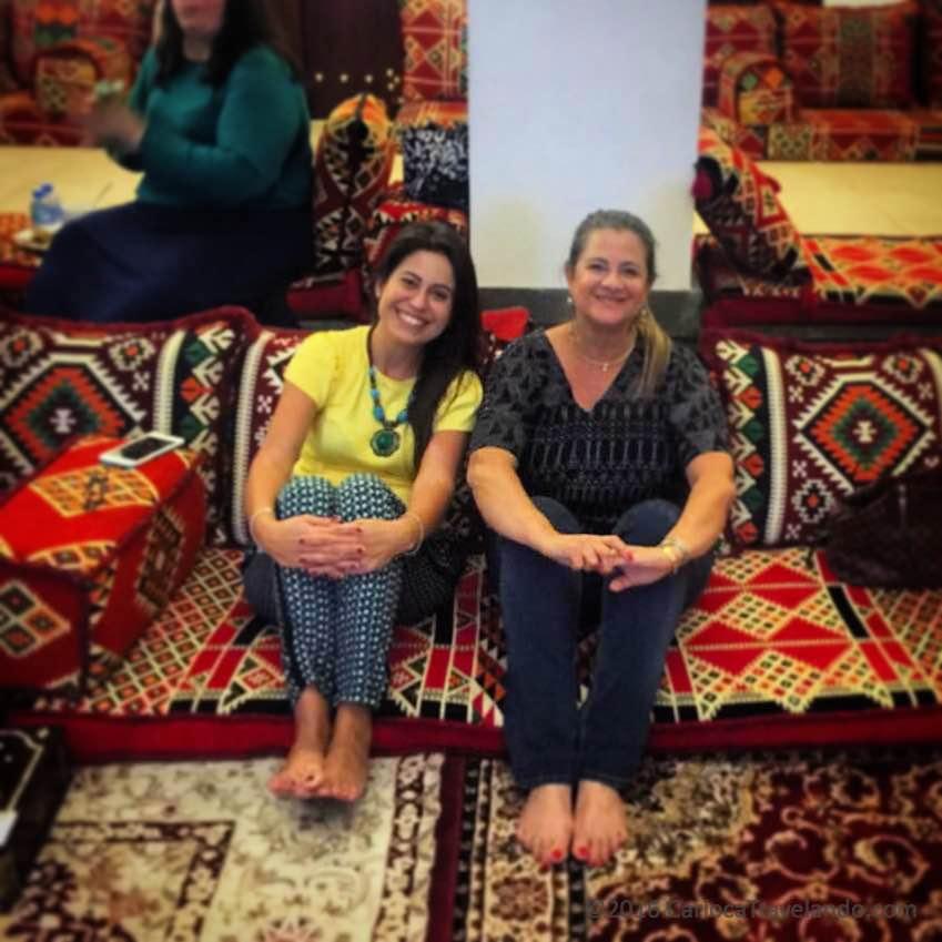 Eu e a minha amiga Erika, a Guia Doha