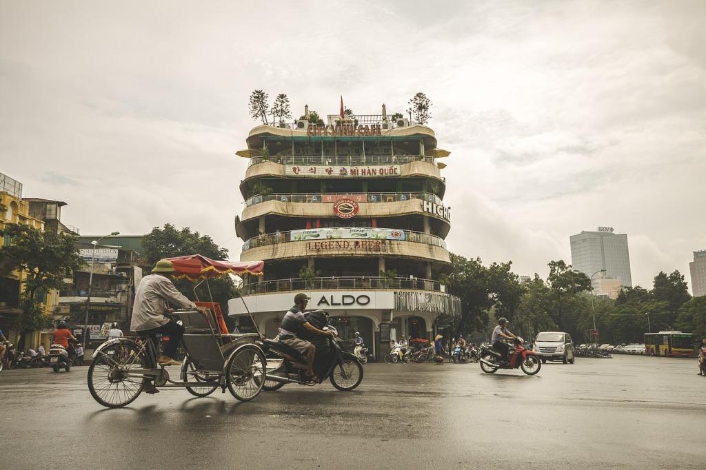 Pelas ruas de Hanoi, no Vietã